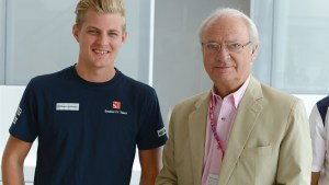 Marcus Ericsson (SWE) Sauber and His Majesty The King Carl XVI Gustaf of Sweden at Formula One World Championship, Rd6, Monaco Grand Prix Qualifying, Monte-Carlo, Monaco, Saturday 23 May 2015. © Sutton Motorsport Images