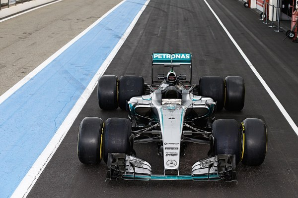 pic-3 / FOURTH TEST WITH MERCEDES AMG PETRONAS F1 TEAM: Pascal Wehrlein tests at Circuit Paul Ricard, France, THE WIDER TYRES FOR NEXT SEASON