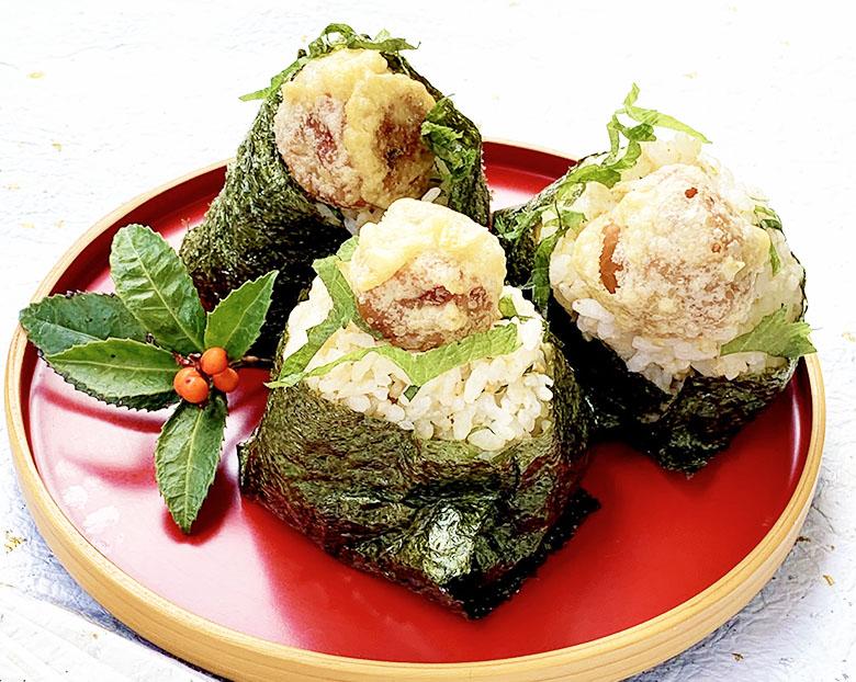 梅干しの天ぷらむすび