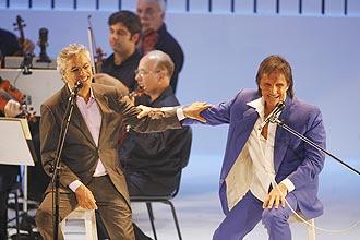 Itaú negou patrocinio a novos shows de Caetano Veloso e Roberto Carlos; segundo banco, decisão não teria nada a ver com a crise