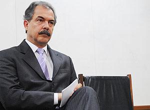 Ministro da Ciência e Tecnologia, Aloizio Mercadante afirmou que governo pretende atrair técnicos e cientistas ao Brasil