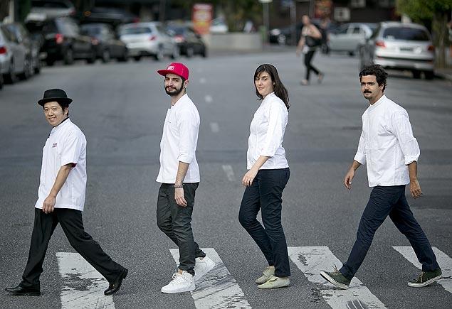 Da esquerda para direita, os chefs Hideki Fuchikami, Paulo Yoller, Mariana Araújo e Chico Ferreira.