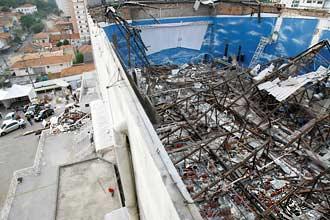 Desabamento do teto da sede da Renascer deixou 9 mortos