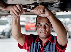 O mecânico Edmilson Souza Batista teve aumento em 2010