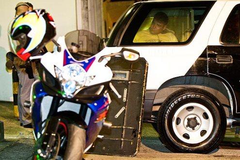 1210833 - PM prende suspeito de roubar motos importadas em SP