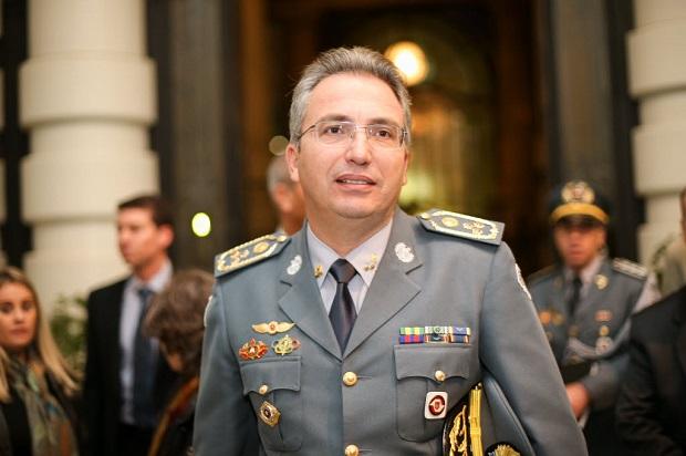 SAO PAULO, SP, 19.05.2016: Ricardo Gambaroni, comandante geral da PM - Coquetel de entrega do 7 Premio Polícia Cidada, Instituto sou da Paz. (Foto: Bruno Poletti/Folhapress, FSP-MONICA BERGAMO) ***EXCLUSIVO FOLHA**