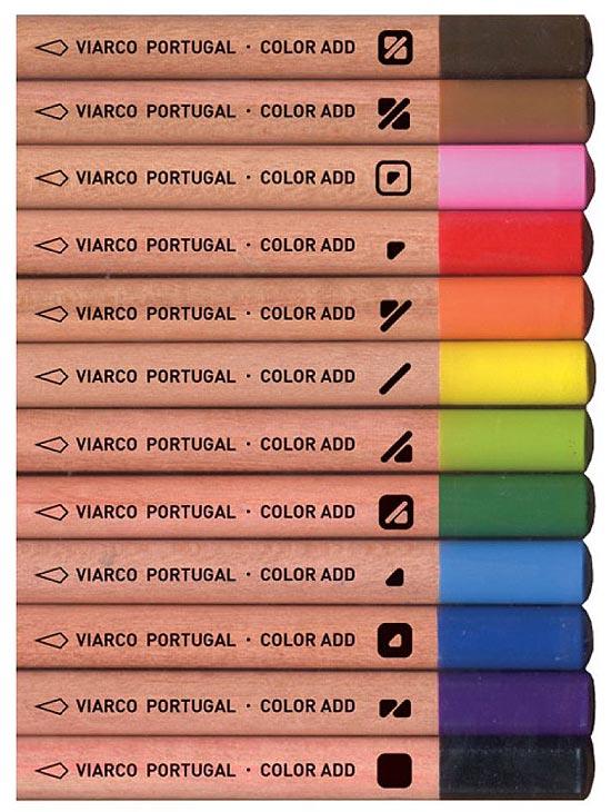 Lápis de cor com código de identificação para daltônicos
