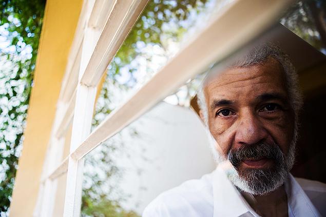 Jorge Cândido de Assis, 49, no departamento de psiquiatria da Unifesp, em São Paulo