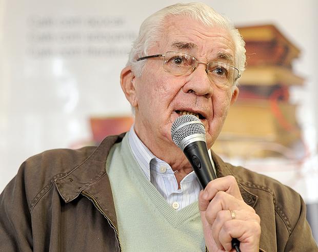 O neurocientista Ivan Izquierdo durante congresso em Buenos Aires