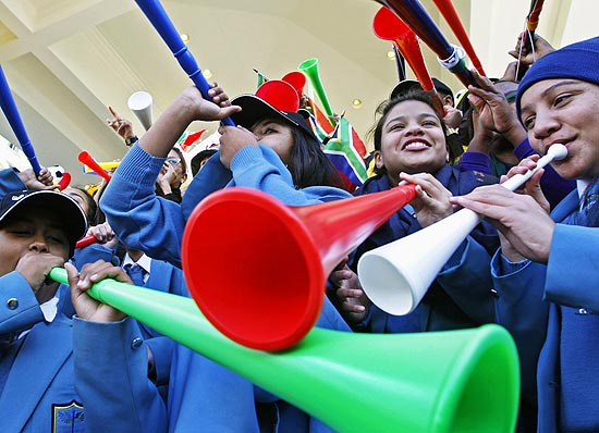 As vuvuzelas fora as estrelas das arquibancadas na Copa-2010