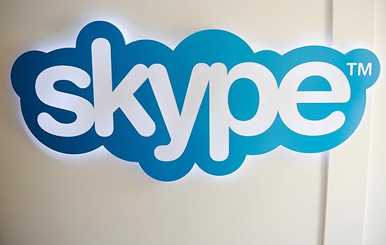 Logotipo do Skype em escritório da empresa, em Luxemburgo