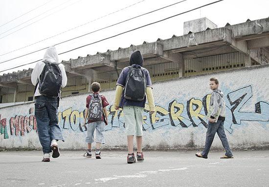SAO PAULO, SP, BRASIL, 28-09-2011, 13h00: Escola Bibliotecaria Maria Antonieta na Cidade Tiradentes, zona leste de SP, teve a pior colocacao do ranking do ENEM da cidade de Sao Paulo. (Foto: Ze Carlos Barretta/Folhapress FOLHATEEN) ***EXCLUSIVO***