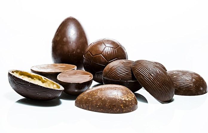Ovos de Páscoa, no princípio, eram ovos de galinha pintados; hoje são de chocolate