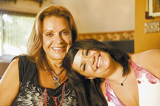 Sky Keys e sua filha com Raul, Scarlet Seixas; ex-mulher gravou depoimento para documentário