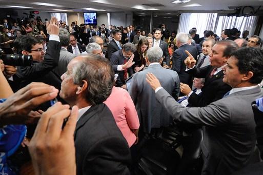 Bate boca em audiência pública sobre reforma trabalhista
