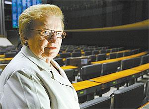 Luiza Erundina, 75, foi eleita primeira prefeita da maior cidade do país, São Paulo, em 1989, pelo PT.
