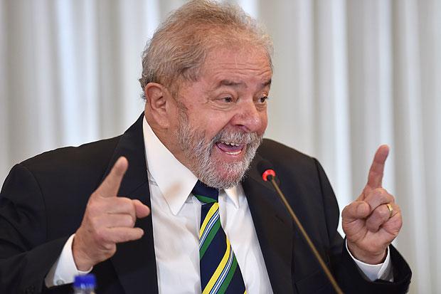 O ex-presidente Lula em entrevista coletiva em São Paulo