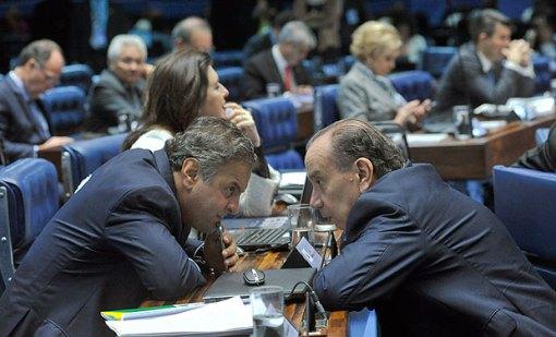 Plenário do Senado durante sessão deliberativa extraordinária que decidirá pela aprovação ou rejeição do relatório favorável à admissibilidade do processo de impeachment da presidente Dilma Rousseff.senador Aloysio Nunes Ferreira (PSDB-SP);senador Aécio Neves (PSDB-MG)