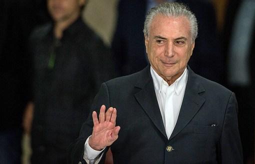 BRASILIA, DF, BRASIL, 20-05-2017, 15h00: O presidente Michel Temer, faz pronunciamento a imprensa no Palacio do Planalto, em Brasilia. (Foto: Eduardo Anizelli/Folhapress, PODER)