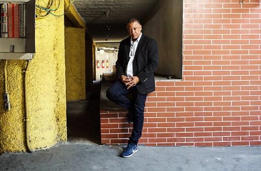 Rio de Janeiro, Rj, BRASIL. 20/09/2017; Retrato de Celso Athayde um dos fundadores do partido Frente Favela Brasil. ( Foto: Ricardo Borges/Folhapress)