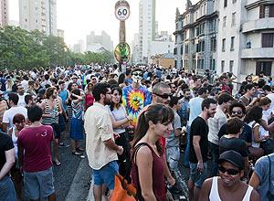 Movimento Baixo Centro promove a Festa Voodoohop, no Minhocão