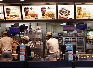 Arcos Dourados, que têm 600 franquias do McDonald's no Brasil, sofreu revés em decisão limiar da Justiça trabalhista
