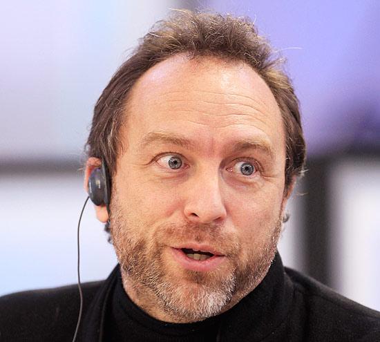Um dos fundadores da Wikipédia, Jimmy Wales