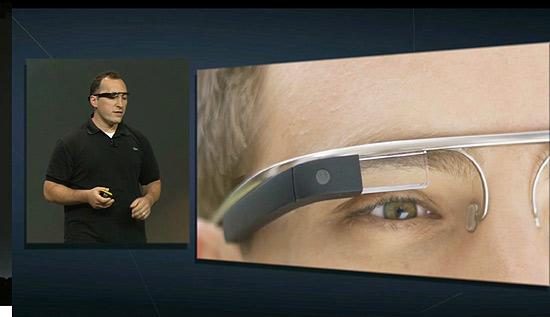 Apresentação de protótipo do Google Glass durante o Google I/O, evento para desenvolvedores