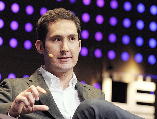 Kevin Systrom, cofundador e executivo-chefe do Instagram, fala durante o evento LeWeb, na França