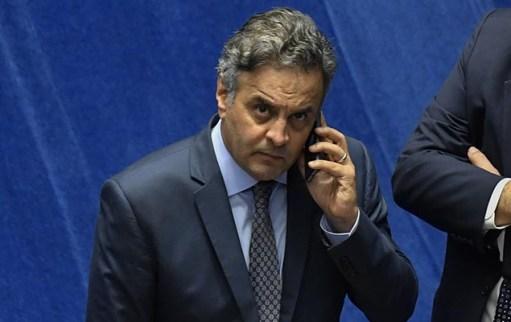 Permanência de Aécio Neves no comando do PSDB é considerado insustentável por correligionários