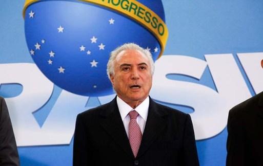 Temer no lançamento do programa nacional de regularização fundiária no Palácio do Planalto
