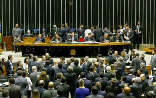 Sessão no plenário da Câmara dos Deputados, em Brasília (DF) referente a votação da PEC da reforma política