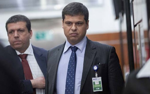 Ex-procurador Marcello Miller na sede da Procuradoria Regional da República da 2ª Região, no centro Rio, onde vai prestar depoimento