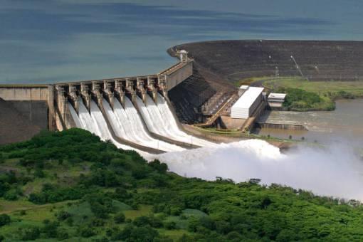 Resultado de imagem para Governo leiloa 4 usinas hidrelétricas da Cemig por R$ 12,1 bilhões
