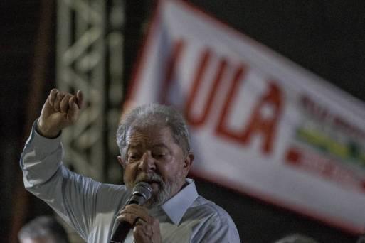 Resultado de imagem para 'Depois dizem que a Lava Jato combate a corrupção', reage Lula a vitória de Temer