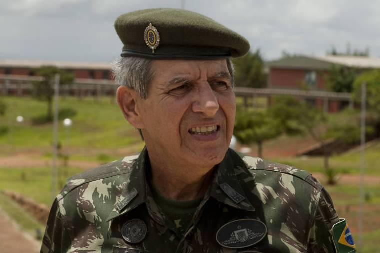 O general da reserva Augusto Heleno em 2010