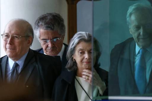 Os ministros do STF Celso de Mello, Marco Aurélio Mello, Carmen Lúcia e Ricardo Lewandowski chegam para sessão no Supremo