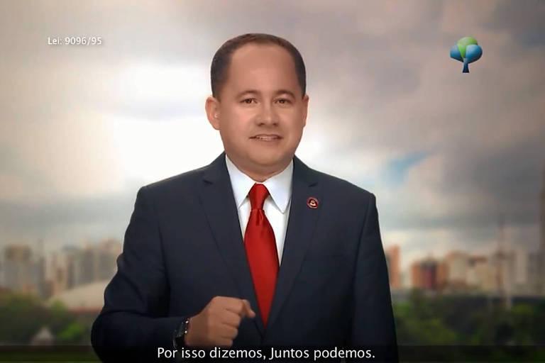 O pastor e deputado estadual Cezinha de Madureira (PSD-SP) em propaganda eleitoral