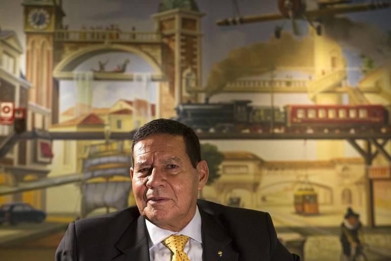 General Hamilton Mourão, candidato a vice na chapa de Jair  Bolsonaro (PSL)
