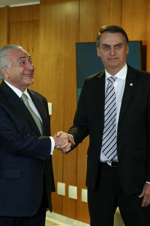 O presidente Michel Temer e o presidente eleito, Jair Bolsonaro, se encontraram para tratar do processo de transição do governo