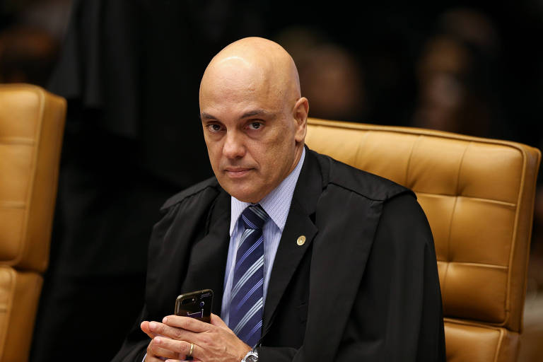15556197165cb8df842fbc3 1555619716 3x2 md - Alexandre de Moraes, do STF, rebate Bolsonaro e diz que lei protege minorias