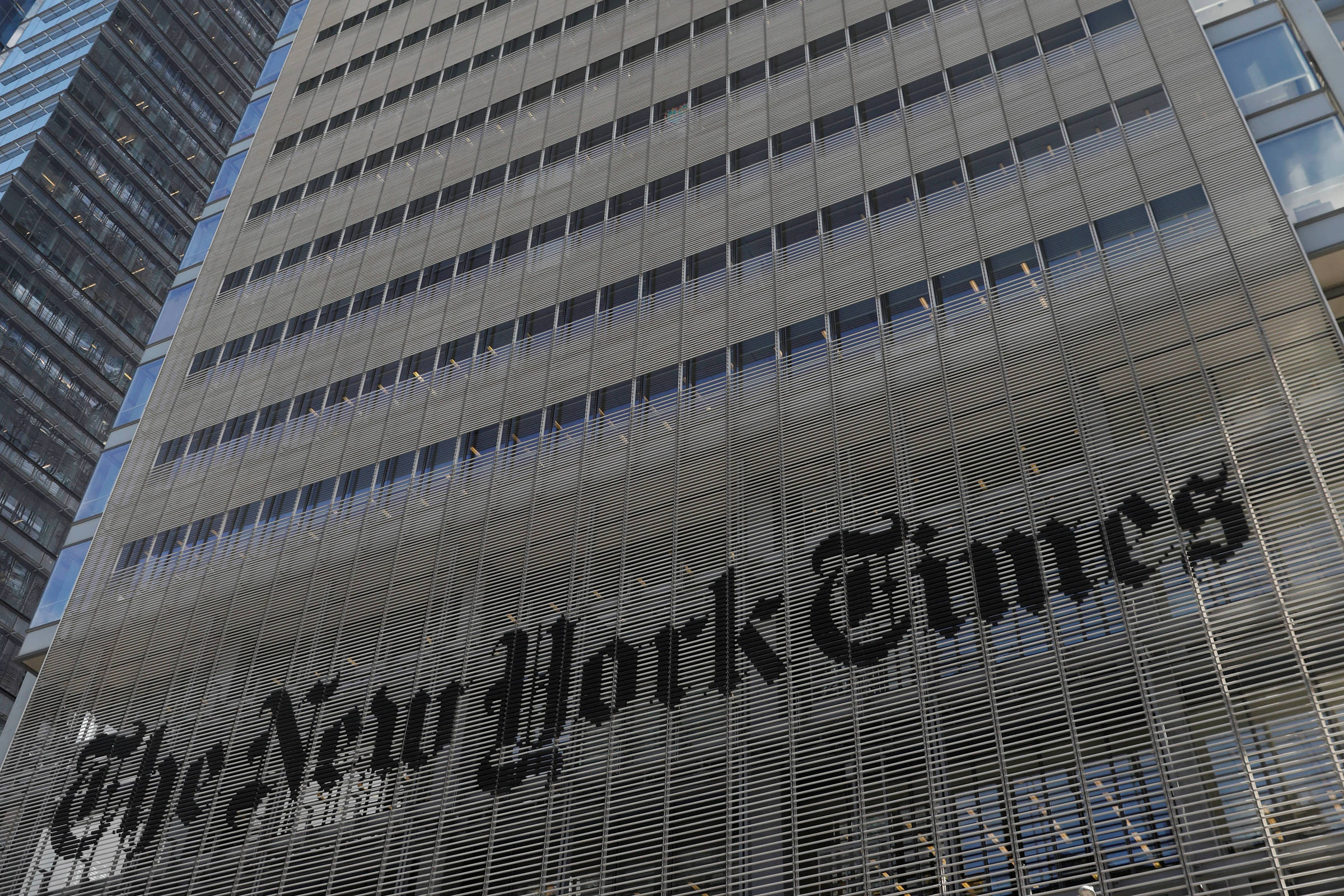 Podcast eleva receita do The New York Times com publicidade
