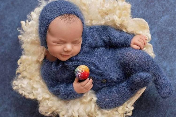 Patricia Abravanel publica fotos do filho caçula, Senor