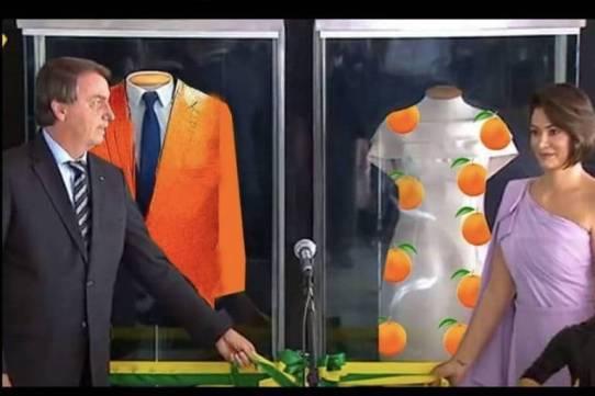 Exposição de trajes de Bolsonaro e Michelle virou memes nas redes sociais.