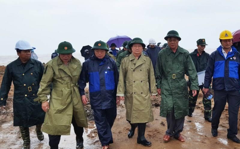 Bão số 12 giật cấp 15, sáng nay đổ bộ Phú Yên-Ninh Thuận