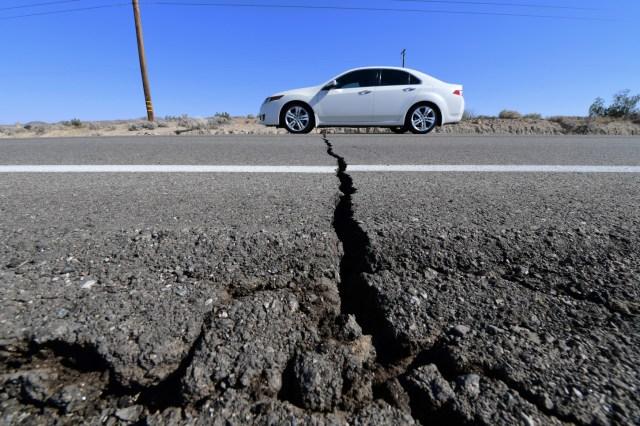Un temblor de magnitud 6,4 en la escala abierta de Richter sacudió este jueves el sur de California y se dejó sentir en zonas del condado de Los Ángeles (EE.UU.), según las primeras estimaciones del Servicio Geológico de Estados Unidos (USGS, por sus siglas en inglés).