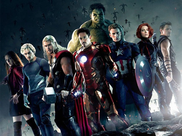 12. LOS VENGADORES: LA ERA DE ULTRON.En abril de 2015 se estrena la nueva cinta de los Vengadores. En esta película, la Gema de la Mente es arrebatada por los Vengadores y eso provoca el nacimiento de Ultron. Para derrotarlo, se crea Visión, un androide evolucionado surgido de J.A.R.V.I.S. y que tiene la piedra en la frente. En la escena post-crédito vemos a Thanos poniéndose el Guantelete del Infinito con el objetivo de recolectar todas las piedras.
