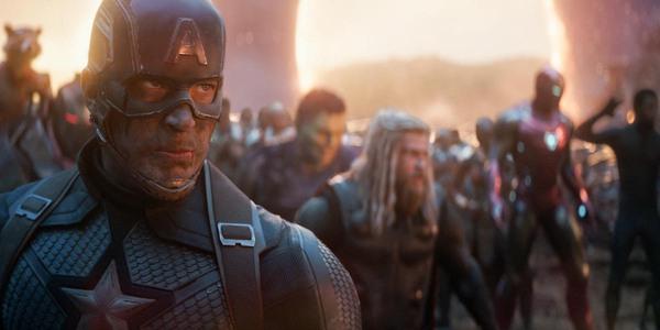 22. VENGADORES: ENDGAME.La cinta transcurre segundos después del chasquido de Thanos y las consecuencias que trajo al universo. Cinco años después, Los Vengadores que quedaron buscan la forma de revertir lo sucedido. El mega crossover de superhéroes cierra oficialmente el fin de la era de Los Avengers.