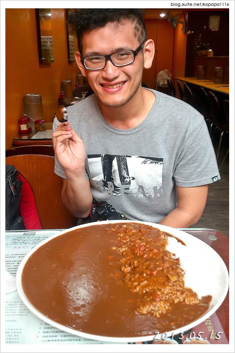 [大胃王小薛] 2.6kg 台中巨無霸咖哩飯!來自利家日式咖哩專賣店的挑戰!