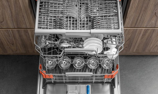 Image result for Hotpoint HSIO3O23WFE